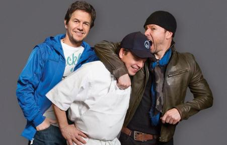 EDITEDmark_paul_donnie_wahlburgers